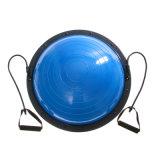 Exercício da força da aptidão da ioga do instrutor da esfera do balanço com bomba