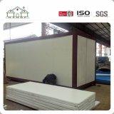 Los paneles de emparedado de la estructura de acero del precio de fabricante prefabricaron la casa modular del envase