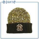 卸し売りあずき色アクリルのニットの帽子の帽子