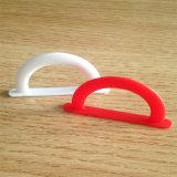 Venta al por mayor colorida PE PP que empaqueta el gancho plástico de la suspensión de la manija