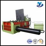Escarpement appuyant la presse et le cisaillement hydrauliques en métal de machine de colis