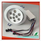 La lampada messa riflettore di Downlight dell'indicatore luminoso di soffitto del LED giù si illumina
