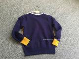 少しニースの弓が付いているセーターのChidrenの衣服を妨げるプルオーバーカラー
