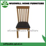装飾される現代カシの家具椅子を食事する