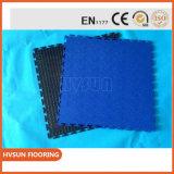Color simple que enclavija el azulejo de suelo plástico del PVC del suelo para el garage