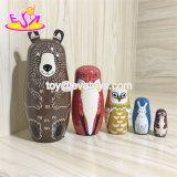 2018 Nuevo diseño de madera de apilamiento de dibujos animados oso ruso Muñeco de anidación para el bebé W06D104