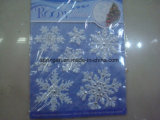 Weiße schöne traditionelle Verzierungen für Weihnachten