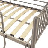 Metallkoje-Bett