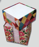 Le bloc-notes adhésives en tube en papier d'emballage
