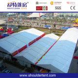De grote Luifel van het Huwelijk van de Tent van de Markttent van de Partij voor 1000 Mensen