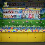 Bola del tiro de la taza de la crema del Contenido-Hielo de la cabina del juego del carnaval en cabina de interior del juego del juego del carnaval de la taza