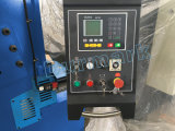 Machine/QC12k 판금 절단기를 깎거나 깎는 직물은 기계를 보았다