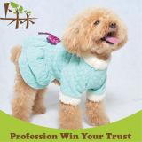 Vestito caldo dall'animale domestico dei vestiti di inverno del cane