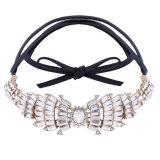 方法PUの革完全なラインストーンの弓によってはダイヤモンドカラーチョークバルブのネックレスの宝石類が飛ぶ