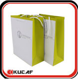 Bolso de mano de papel para las compras