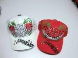 カスタマイズされた方法3D刺繍は野球帽を遊ばす