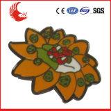 Emblemas feitos sob encomenda baratos do metal da forma por atacado