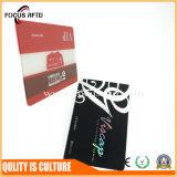 Подгонянная карточка верноподданности размера и логоса пластичная для членства