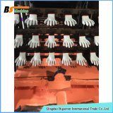 Погружающий аппарат перчатки руки работая