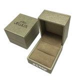 Verpakkende Doos van de Gift van de Juwelen van Leatheette van het Eind van de douane de Hoge met het Hete Stempelen van de Folie