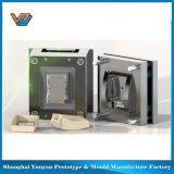 Stampaggio ad iniezione di plastica chiaro automatico