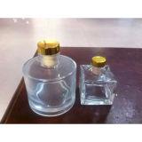 En verre clair carrés 50ml de liqueur de Whisky bouteille en verre avec bouchon en caoutchouc