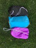 軽量の防水膨脹可能なソファーの空気寝袋