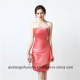 パーティー向きのドレスのストラップレスの短い新婦付添人は新婦付添人のための安い服に服を着せる