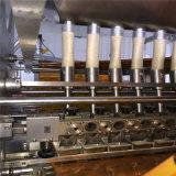 Machine d'emballage à l'étanchéité à quatre côtés et machine d'emballage multi-lignes