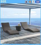 Piscina de design moderno Hotel Onda de móveis de vime Sofá Espreguiçadeira