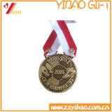 締縄(YB-LY-C-16)が付いているカスタム旧式な真鍮の金属メダル