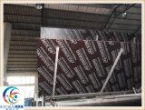 La madera contrachapada y la película marinas del material de construcción hicieron frente a la madera contrachapada