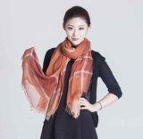 30%Silk 70%Model mezcló la bufanda del tinte del hilado