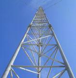 GuyedのアンテナWiFi鋼鉄タワーのあたりで電流を通される熱い販売