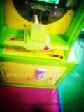 Etikettiert heißes der Verkaufs-Säulengang-Spiel-Maschinen-Schießen-Zombie-V.S Zombie-Eis gefrorener Mann-Lotterie-Kratzer Zombie-Karton-angemessenes heißes Verkaufs-der Pflanzenv. S. Spiel-Maschine