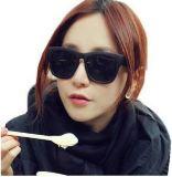 Occhiali da sole poco costosi di promozione per uso promozionale possedere gli occhiali da sole di marchio di marca