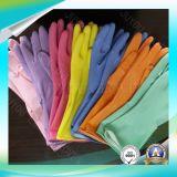 As luvas impermeáveis da segurança com ISO aprovaram lavando