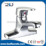 Mélangeur de douche de traitement de salle de bains de mélangeur en laiton de robinet/robinet simples de Bath