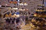 Basamento acrilico rotondo del dessert di cerimonia nuziale delle 5 file/basamento del bigné/basamento della torta