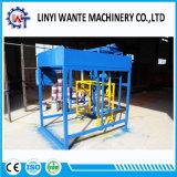 Macchina per fabbricare i mattoni vuota concreta automatica del blocchetto di pressione idraulica Qt4-18