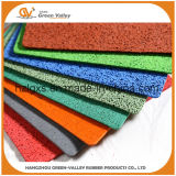 Os rolos de borracha do piso colorido antiderrapagem tapetes de borracha para ginásio