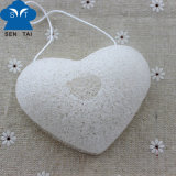 Nettoyage facial naturel Konjac Sponge (forme du coeur)