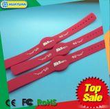 Wristbands clásicos ajustables de la identificación del silicón 1K RFID de 13.56MHz ISO14443A MIFARE