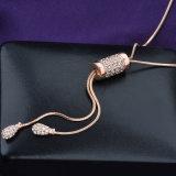 De overmaatse Lange Juwelen passen Halsband van de Juwelen van de Tegenhanger de imitatie aan