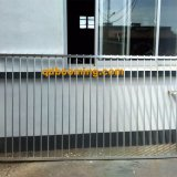 Barriera di sicurezza rivestita della piscina della polvere livellata internazionale