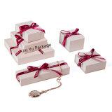 Spitzen mit Konkurrenz-Preis-Papier-Geschenk-Schmucksache-verpackenkästen einstellen