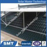 Sistema solare adattabile di racking del tetto