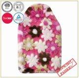 熱湯びんが付いている花デザインPVのプラシ天カバー