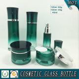 Bouteille en verre cosmétique de gradient vert empaquetant la bouteille vide de sérum