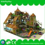O divertimento caçoa o campo de jogos interno da série da casa de árvore do equipamento do parque de diversões